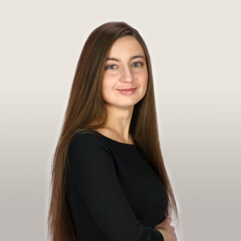 Катерина Кухарічева