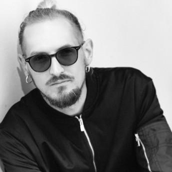 Денис Швець
